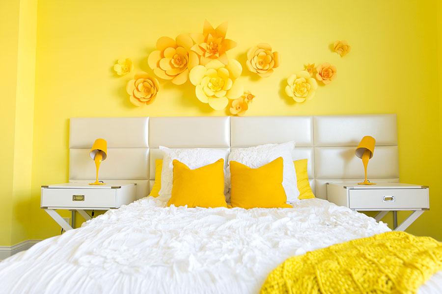Идеи дизайна спальни в двух цветах