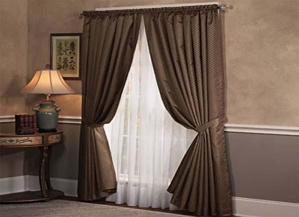 Как выбрать шторы и гардины: http://domadiz.ru/elementy-dekora/355-kak-vybrat-shtory-i-gardiny